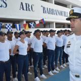 Escuela Naval de Suboficiales recibe 196 jóvenes para formarse como marinos
