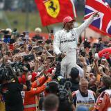 En video  Hamilton se alía con la suerte para sellar récord de victorias en casa