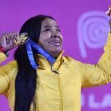 Mercedes Pérez celebró en medio de lágrimas.