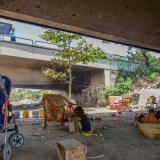 Tres familias Yukpa viven debajo del puente de la Murillo