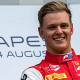 Hijo de Michael Schumacher logra su primera victoria en Fórmula 2