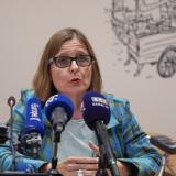 Anne Souyris, diputada del alcalde de París a cargo de la salud y miembro del Partido Verde de Europa Ecologie Les Verts, hablando de la contaminación por plomo en Notre Dame.