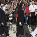Fans de Los Beatles celebran 50 años de la foto de Abbey Road