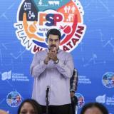 """""""Creo en el diálogo"""", dice Maduro tras congelar negociaciones con la oposición"""
