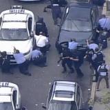 Al menos cinco oficiales de policía heridos en tiroteo en Filadelfia, EEUU