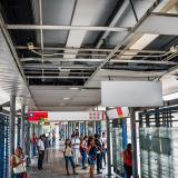 Usuarios reportan retrasos y daños en buses de Transmetro