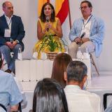 El director Ejecutivo de Cormagdalena, Pedro Jurado; la ministra de Transporte, Ángela María Orozco, y el presidente de la ANI, Lois Kleyn.