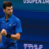 """Djokovic gana """"sin dolor"""" en el hombro y avanza con Serena y Federer en el US Open"""