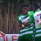 La alegría de los jugadores de Antioquia por el primer gol en contraste con la tristeza de Atlántico.