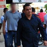 Diego Muñetón Padrón cuando se entregó en la URI de la Fiscalía luego de asesinar a su pareja.