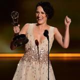 """""""The Marvelous Mrs. Maisel"""" y """"Fleabag"""" acaparan primeros Emmys de comedia"""