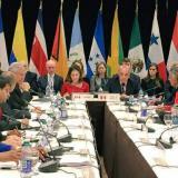 Grupo de Lima dice estar dispuesto a adoptar nuevas sanciones contra Maduro