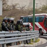 Muere una persona en protestas contra alza de combustibles en Ecuador