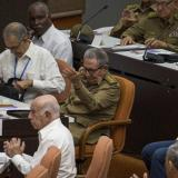 Cuba abre espacio a otra generación socialista