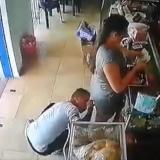 En video | Capturado por actos obscenos en El Limón: miraba por debajo de la falda a una mujer