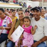 Entregan títulos de viviendas a 526 familias de Sabanalarga