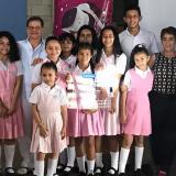 Estudiantes durante la presentación del proyecto.