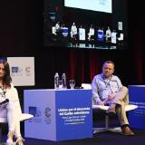 La economista Imelda Restrepo y Juan Diego Mejía, presidente de Esenttia S.A.