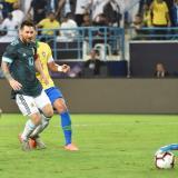 Gol de Messi le da la victoria a Argentina en amistoso contra Brasil