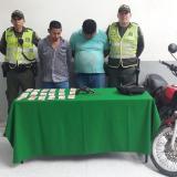 Los presuntos delincuentes capturados por la Policía.
