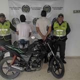 Se disfrazan de operarios de energía y roban una motocicleta en Baranoa