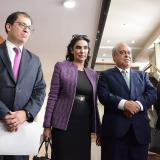 Francisco Barbosa, Clara González y Camilo Gómez a la salida de la Corte Suprema de Justicia.