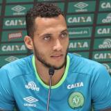 Neto, sobreviviente del accidente aéreo del Chapecoense, se retira del fútbol