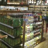 La sección de licores en un supermercado de Barranquilla.