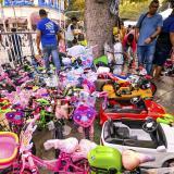 Las bicicletas, patines y patinetas son los regalos más buscados por los padres en las ferias de juguetes.