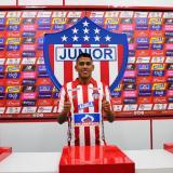 Jeison Angulo al momento de ser oficializado como nuevo jugador de Junior.