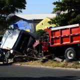 Vista de los dos vehículos que colisionaron.