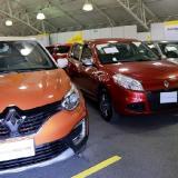 Exposición de vehículos nuevos.