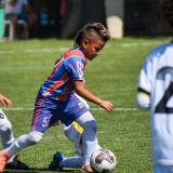 Andrés Lubo en acción en el juego ante Jaguares