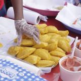 Los calderos y el aceite, listos para el Festival del Frito de Cartagena