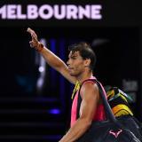 El tenista español Rafael Nadal se retira del estadio tras caer ante Thiem.