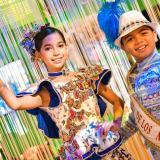 Miranda Torres Rosales e Isaac Rodríguez Barreto, reyes del Carnaval de los Niños 2020 en visita al Museo del Carnaval.