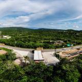 Esta es la gasolinera que ha impedido la conexión de la obra a la altura del municipio de Tubará.