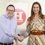 El director de EL HERALDO Marco Schwartz, presentó este lunes ante la redacción Erika Fontalvo, quien asumirá el cargo desde el primero de marzo.