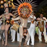 Noche de brillo y lentejuelas en Guacherna Gay