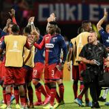 Los jugadores del Medellín celebrando la victoria sobre Atlético Tucumán.