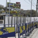 El cerramiento de la zona fue hecho con vallas.