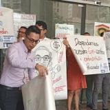 En video | Trabajadores de Medimás realizan plantón por la petición de liquidar la EPS
