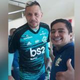 Marlon Arboleda junto al arquero Diego Alves.