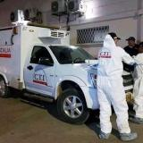 Momentos en que las autoridades realizaban el levantamiento del cadáver del venezolano asesinado en el hospital de Ciénaga de Oro
