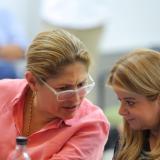 La gobernadora Elsa Noguera y la secretaria de Salud, Elsa Noguera.
