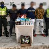 En video | La policía frustró el saqueo de supermercado en Santa Marta