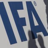 """La FIFA valora dotar de una """"ayuda"""" al fútbol mundial"""