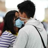 El Día Internacional del Beso se celebra con menos besos de la historia