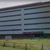 Fachada de la clínica en donde se encuentra recluido Alfonso Escalante.