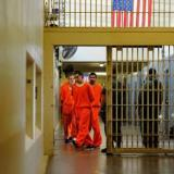 Casi 650 prisioneros han dado positivo de coronavirus en una cárcel en EEUU